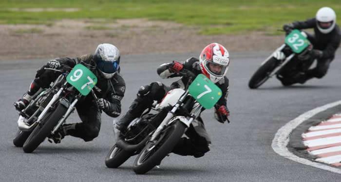 Martin Bowshall, Jamie Smith & Jonathon Gutte on Yamaha RD250LC's